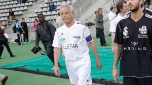 François Rebsamen lors d'un match de football de bienfaisance (crédits photo : Abaca/Domine Jerome/ Abaca)